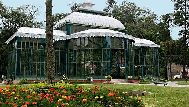 petropolis-pontos-turisticos-palacio-de-cristal
