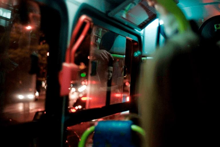 Transporte de ônibus 24 horas em SP